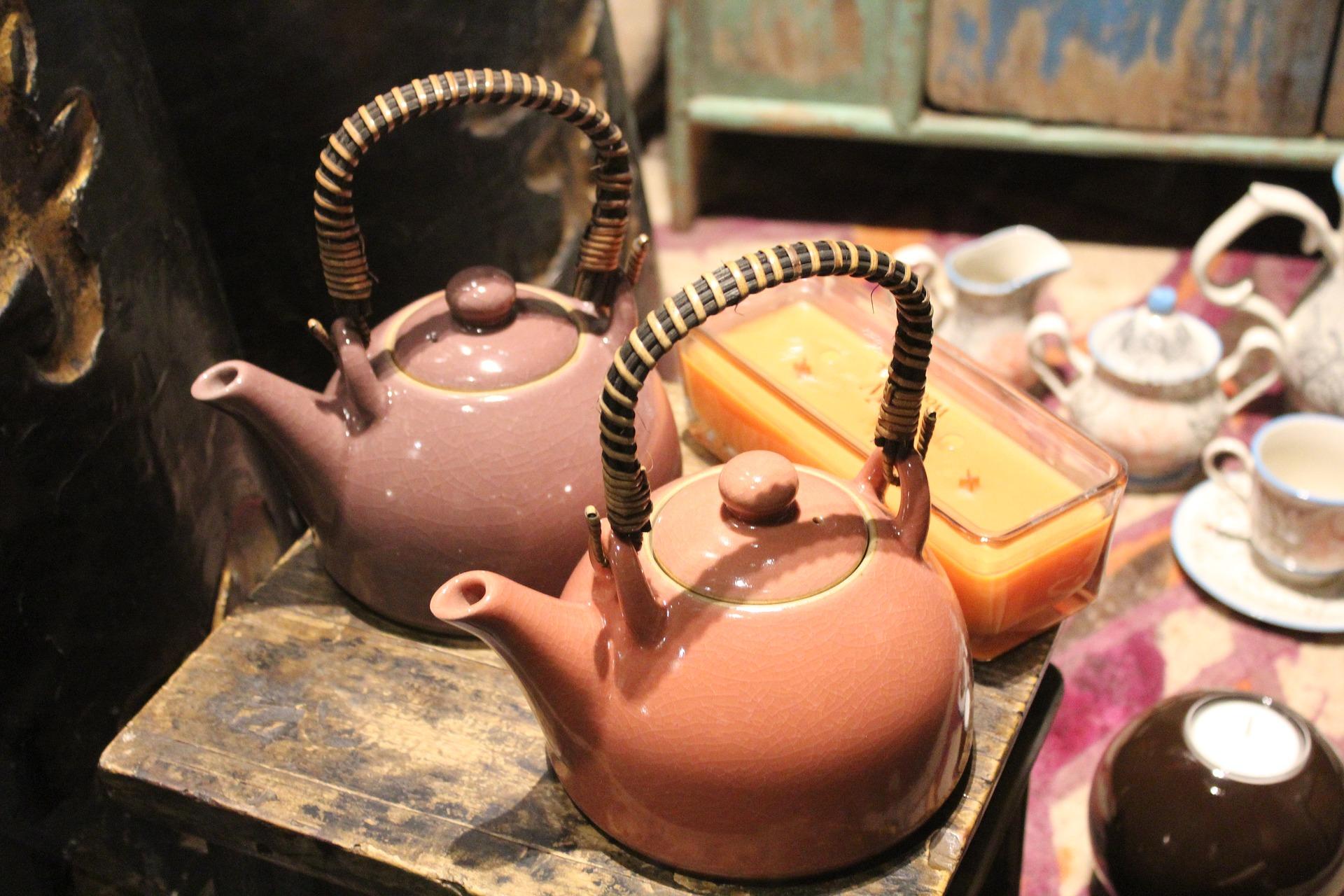 Czy warto kupić emaliowany czajnik?
