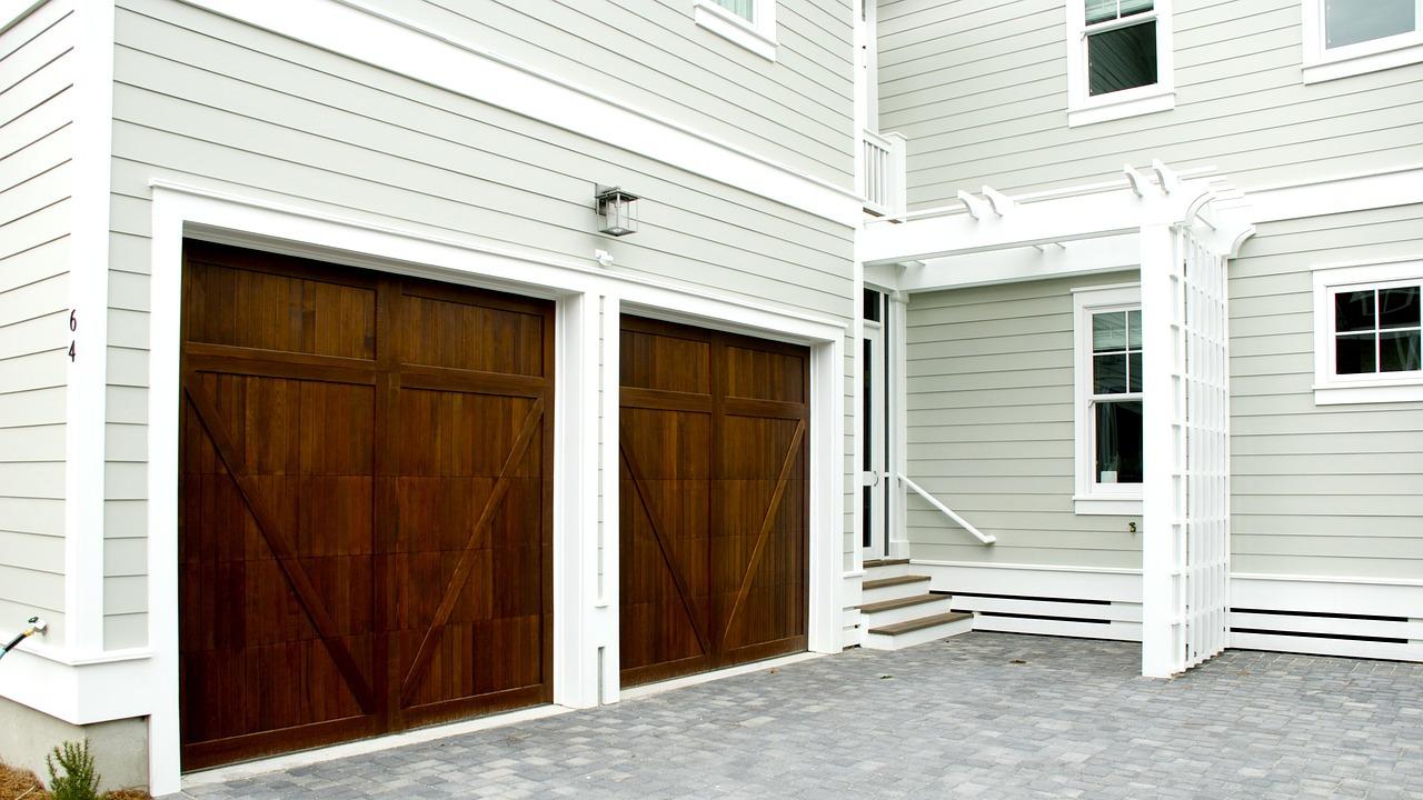 Inwestycja w nowoczesną bramę garażową