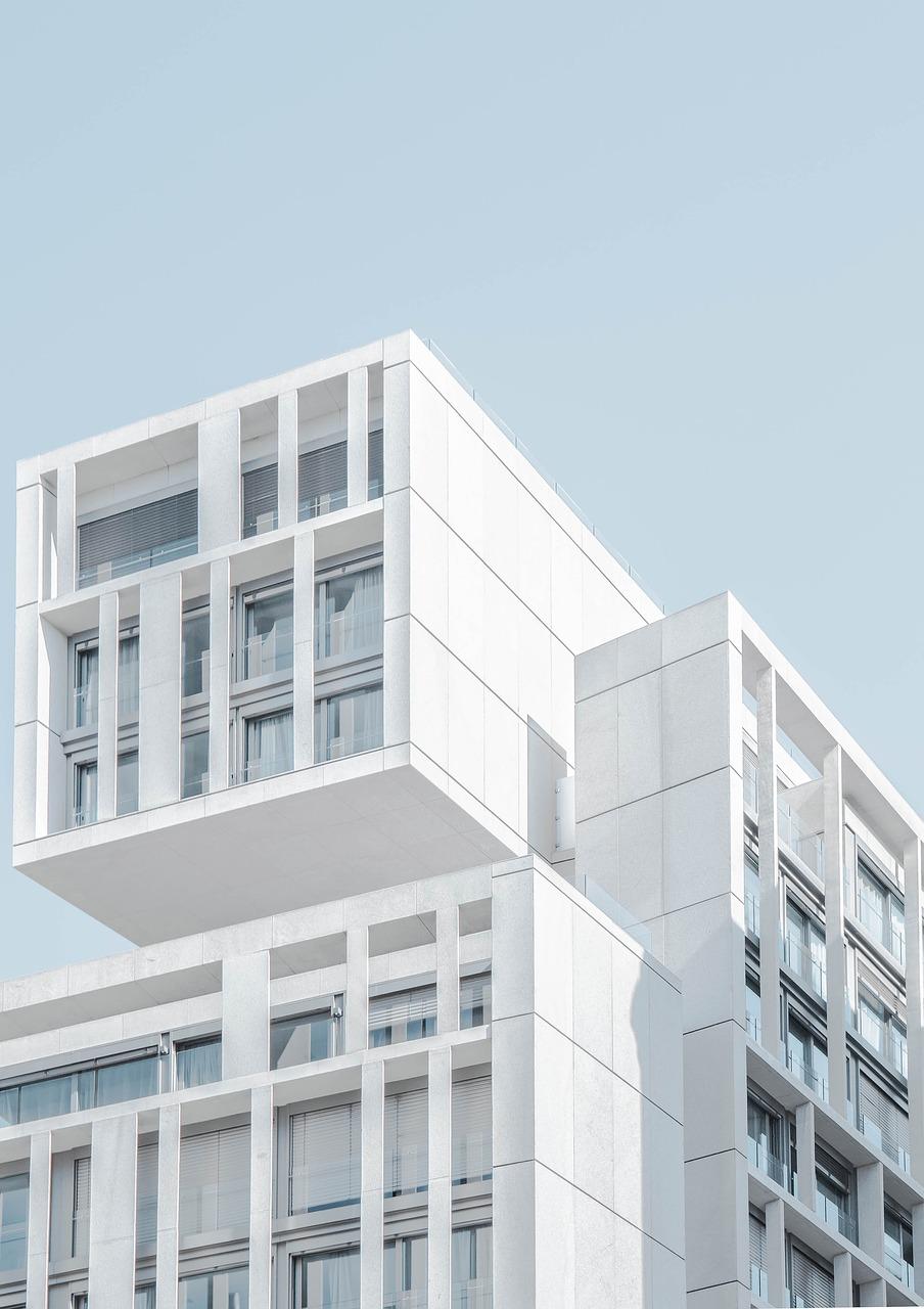Szklane balustrady – praktyczne i wygodne