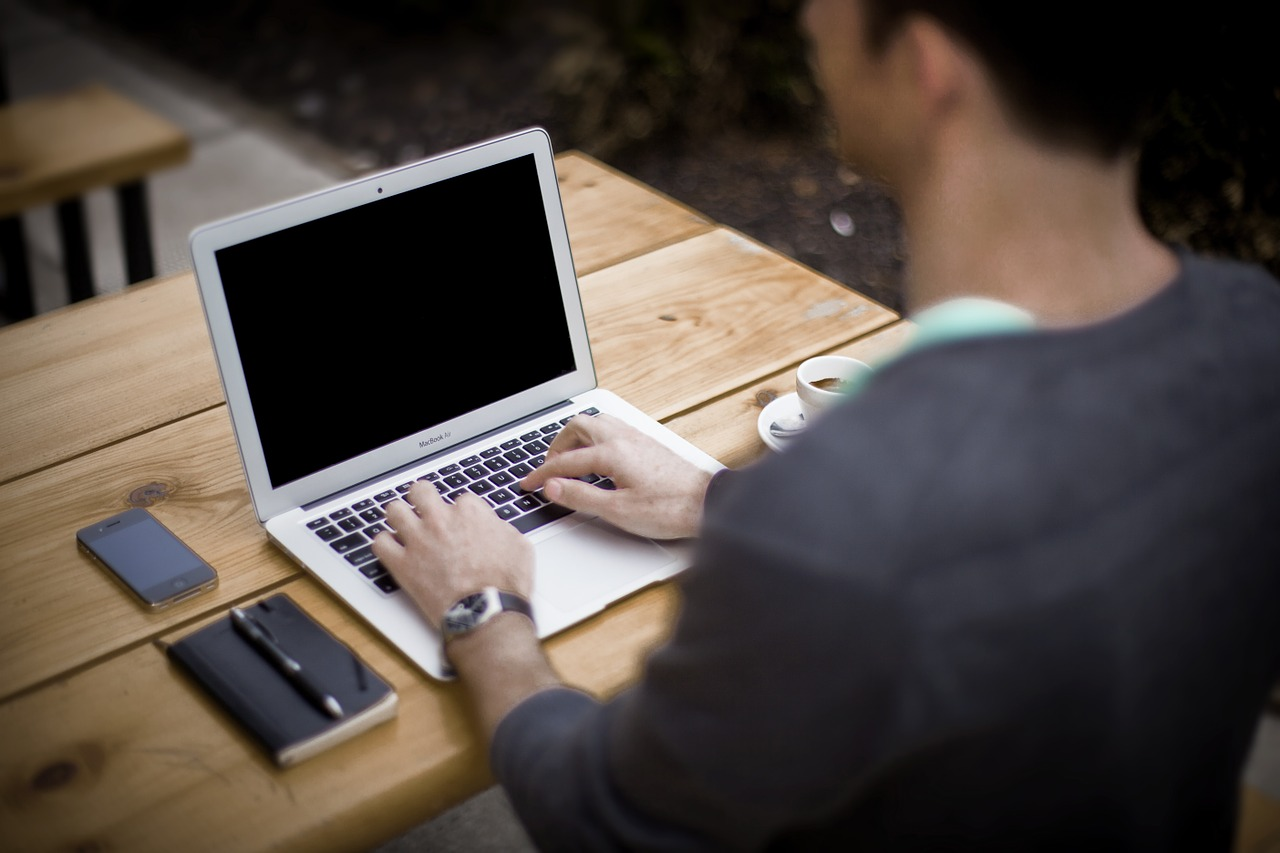 Czas pracy – ewidencja prowadzona online