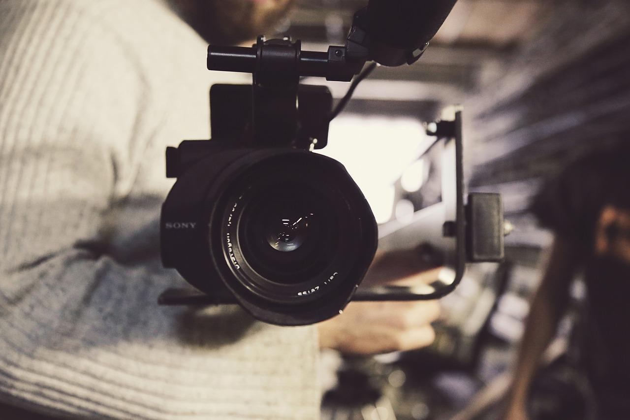 Reklama telewizyjna – jak ją wykonać?